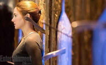 Shailene Woodley as Tris Prior