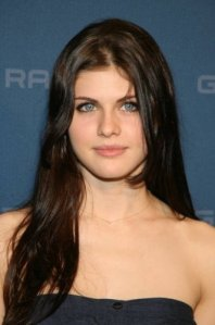 Annabeth-Chase-Alexandra-Daddario-percy-jackson-and-the-olympians-9868028-331-500