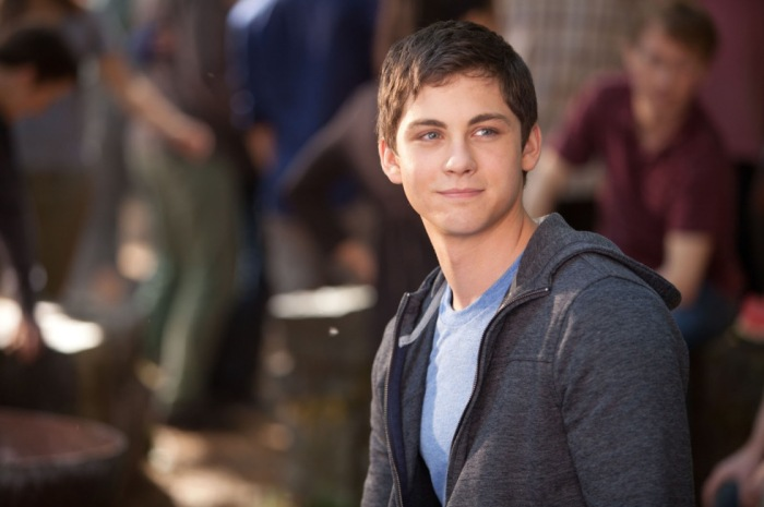 Logan-Lerman-in-Percy-Jackson-Sea-of-Monsters