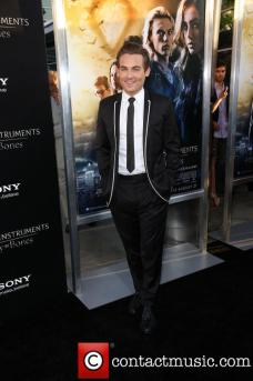kevin-zegers-premiere-of-the-mortal-instruments_3811513