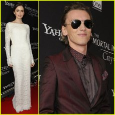 lily-collins-jamie-campbell-bower-mortal-instruments-toronto-premiere