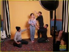 zoey-deutch-jj-spotlight-of-the-week-behind-the-scenes-pics-13